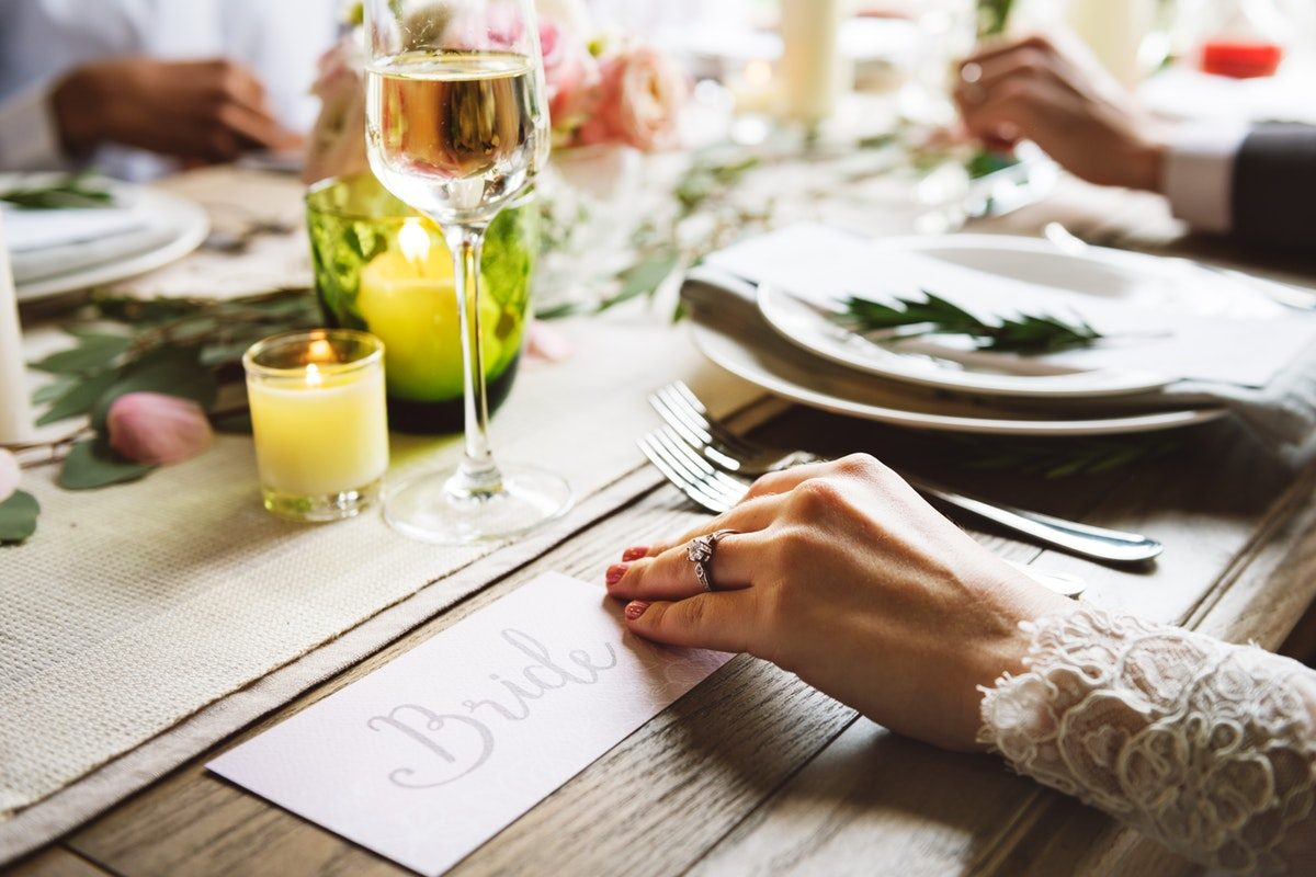 Top 10 Wedding Money Saving Tips